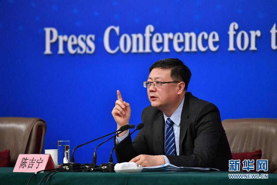 保部部长陈吉宁回应生态环保热点问题